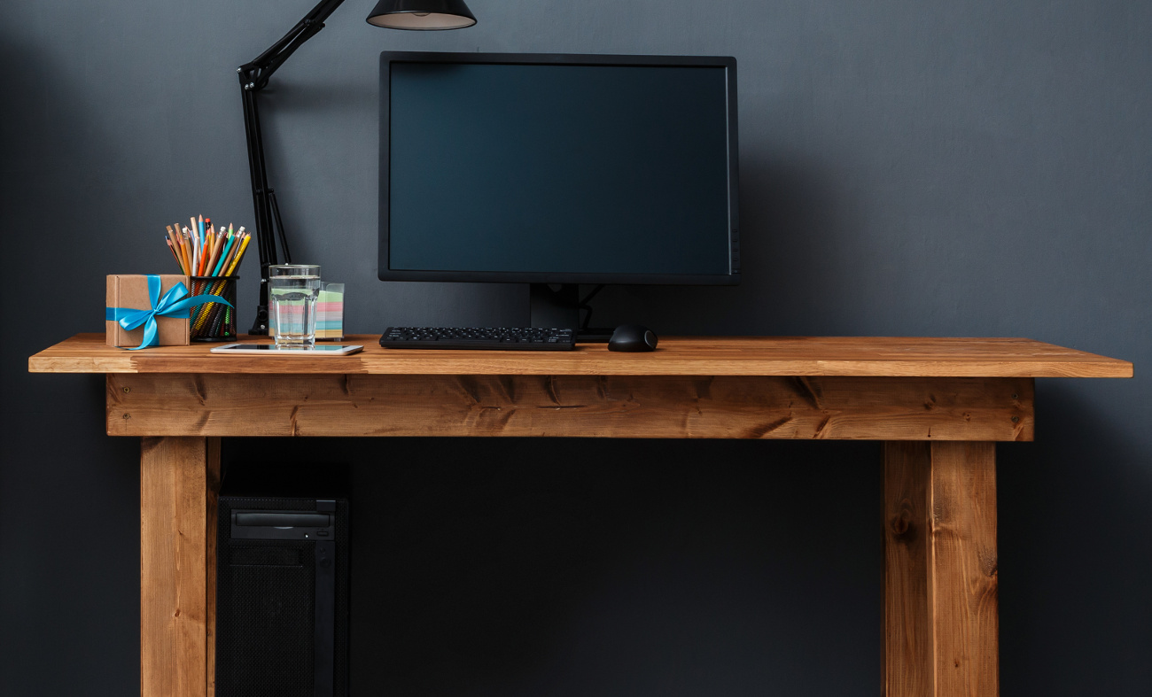 25 cheap computer desks under 100 in 2018 tech siting. Black Bedroom Furniture Sets. Home Design Ideas